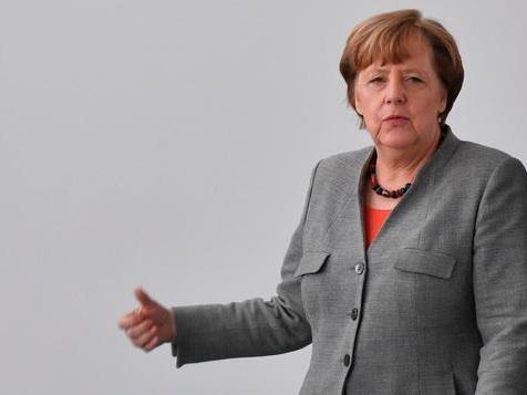 Merkels Erneuerungszusage findet geteiltes Echo in der CDU