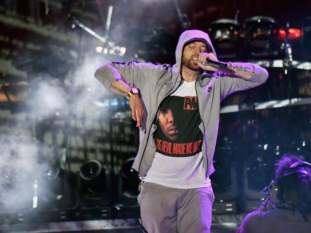 P. Diddy wehrt sich gegen Eminems Vorwürfe, er habe Tupac Shakur ermordet