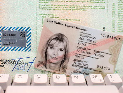 Kfz-Zulassung online: So geht's Zulassung bald online möglich