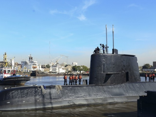 Vermisstes U-Boot: Flugzeug soll Wärmefleck im Atlantik entdeckt haben