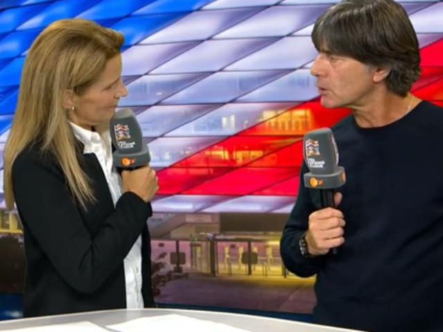 ZDF-Moderatorin fragt Löw nach Özil –da ändert sich seine Stimmung