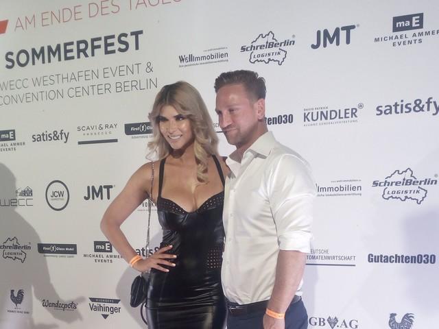 Endlich: Hier zeigt Micaela Schäfer ihren neuen Freund