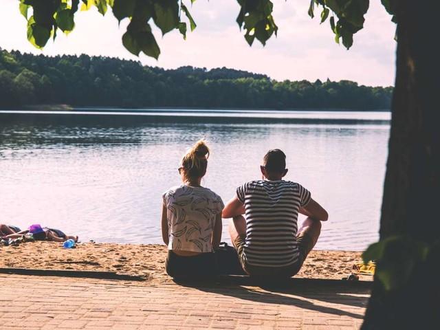 Lasst uns über … Paare im Urlaub reden: Sonne, Strand und Streit