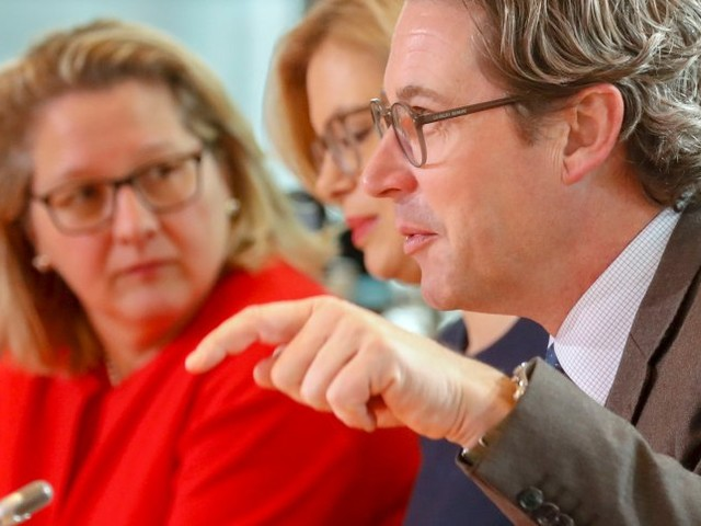 CO2-Ausstoß: Umweltministerium hält Scheuers Klimaschutzinstrumente für ungenügend