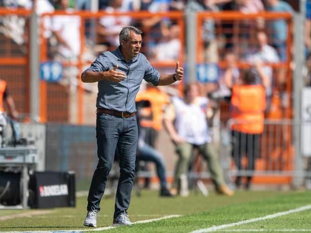 Schwacher Saisonstart: Bochum-Trainer Dutt kündigt Gespräch über eigene Zukunft an
