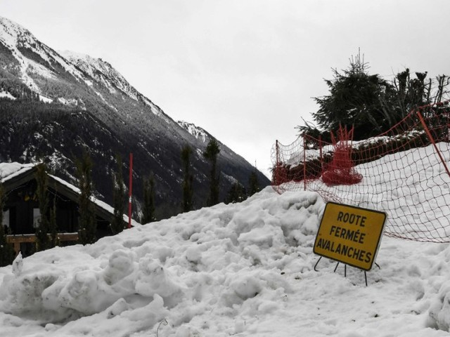 Extreme Lawinengefahr - mehr als hundert Skihütten am Mont Blanc evakuiert