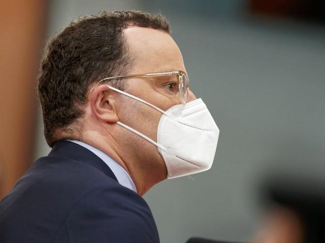Gesundheitsminister beschließen Ende der Lohnfortzahlung für Ungeimpfte