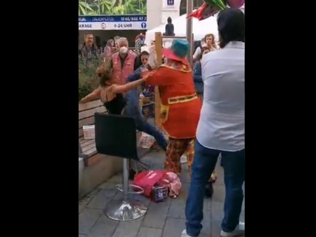 Clown-Gewalt in Wien: Mann will sich lediglich gewehrt haben