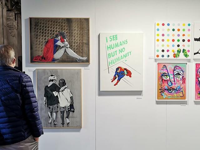 Auf einen Besuch bei der neuen INC Art Fair im Hamburger Oberhafen