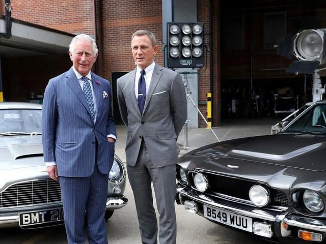 Royals im 007-Fieber: Charles und William bei Bond-Premiere