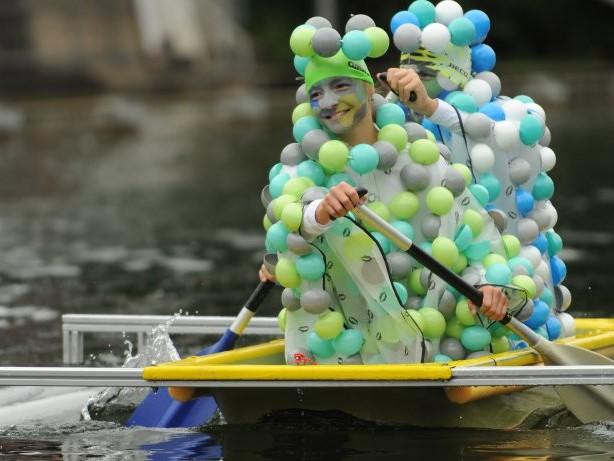 Sport&Spaß: Badewannenrennen im Bettenkamper Meer