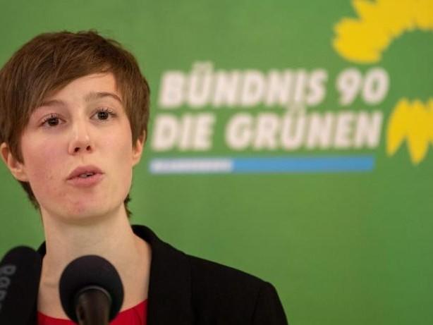 Parteien: Grünen-Chefin Schmidt: Wir stehen hinter unserer Ministerin