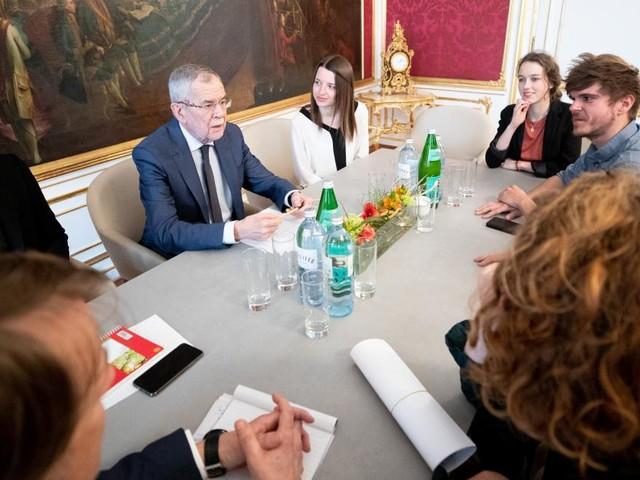 Faßmann will den Klimaschutz auch im Ethik-Unterricht behandeln