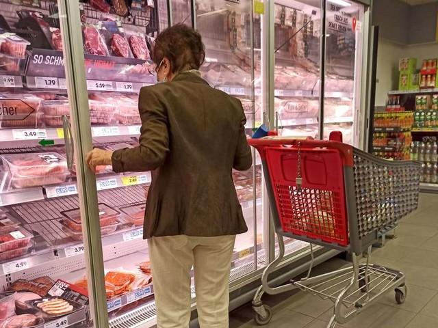 """Psychologe erklärt Vorliebe für Discounter-Fleisch: """"Deutsche haben keine Esskultur"""""""