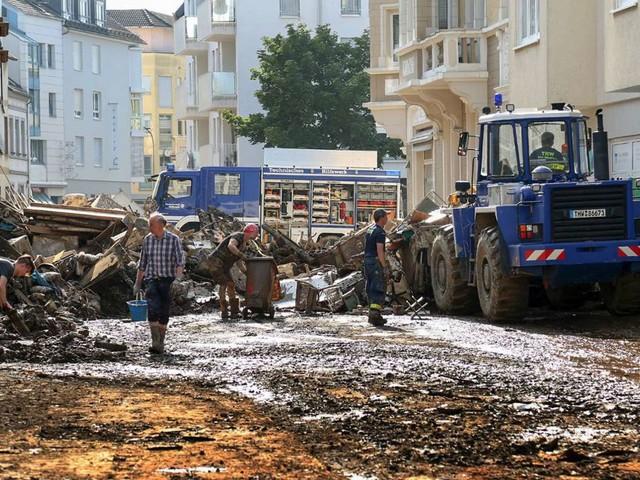 Von Querdenkern und Prepper-Szene: THW-Helfer in Flutgebieten beschimpft und mit Müll beworfen