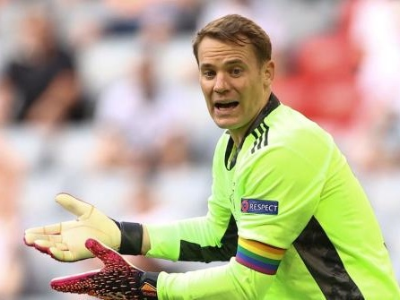 "UEFA prüfte Neuers Regenbogen-Kapitänsbinde: ""Good cause"""