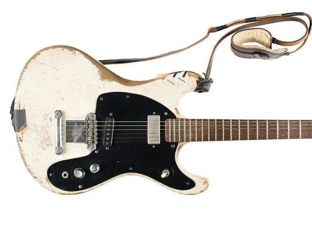 Anonymer Käufer: Ramones-Gitarre für fast eine Million Dollar versteigert