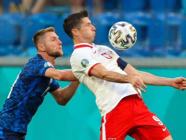 Fußball-EM: Polen in Not - Slowaken stecken Feueralarm weg