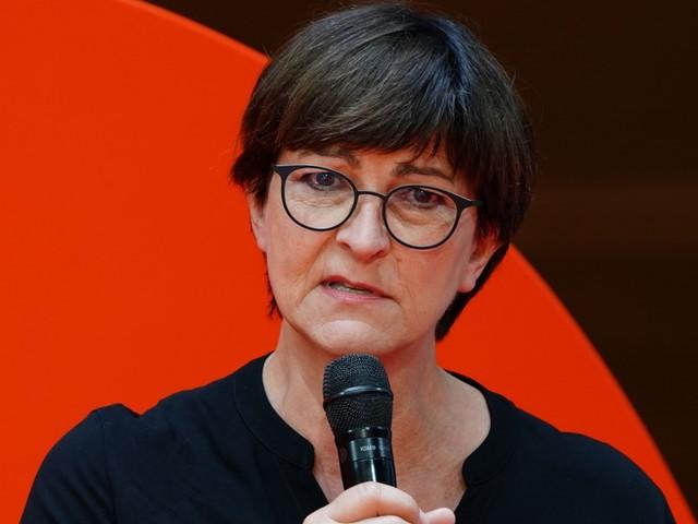 SPD-Chefin Esken wirft Großunternehmen Verantwortungslosigkeit vor