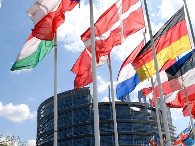 EU-Urheberrechtsreform: Unterhändler einigen sich auf umstrittenes Modell zu Leistungsschutz und Uploadfiltern