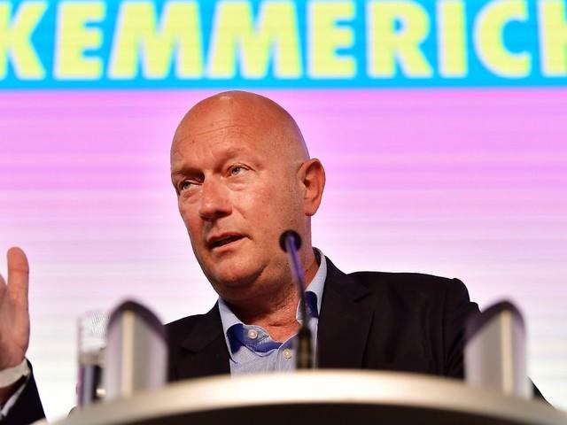 Umstrittener Thüringer FDP-Chef: Kemmerich bleibt im Amt