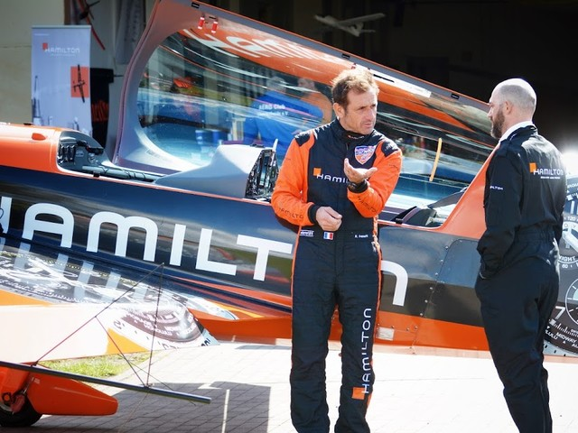 Hamilton x Red Bull Air Race x Mein Kunstflug mit Nicolas Ivanoff | Atomlabor on Tour