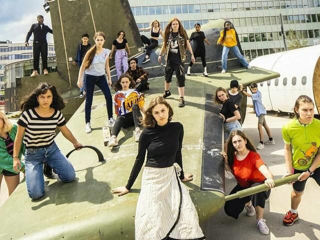 """Auf dem Festival """"Theater der Welt"""": Anklage endet mit Versöhnungssong"""