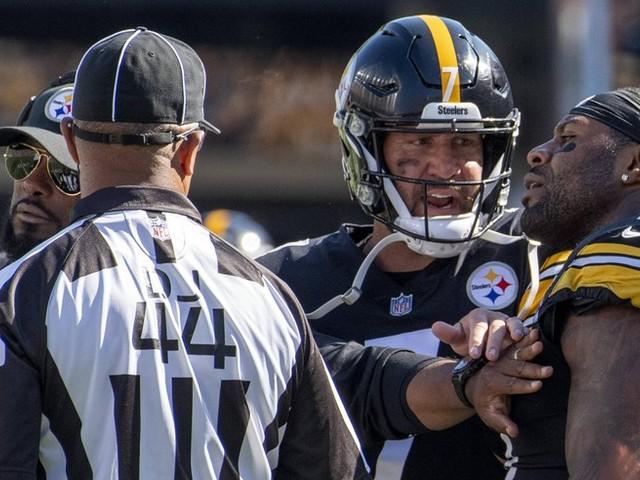 Ekel-Ärger beim Football: NFL-Star spuckt Gegenspieler an und fliegt vom Platz