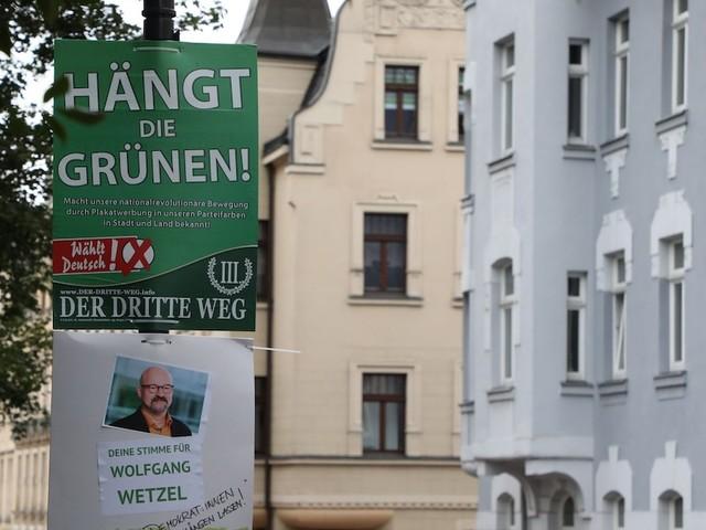 """""""Hängt die Grünen"""" - """"Dritter Weg"""" muss Wahlplakate abhängen – OVG Sachsen kassiert vorheriges Urteil"""