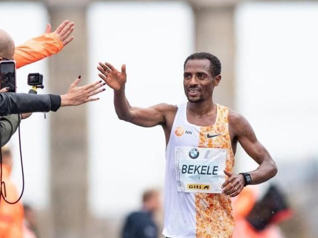 Masken und regelkonforme Schuhe: Berlin-Marathon ist zurück