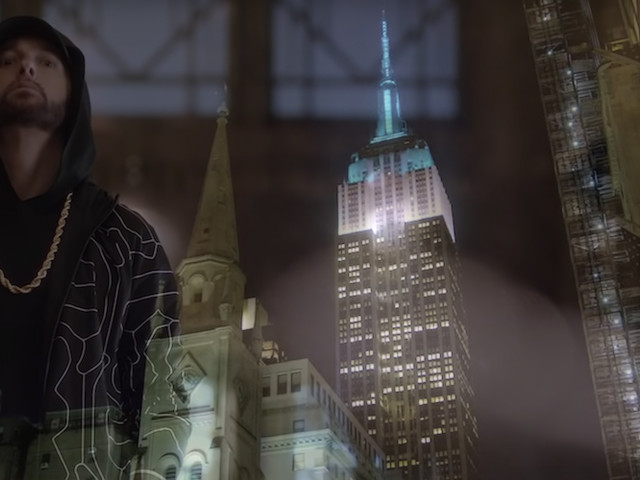 "Eminem performt ""Venom"" live bei Jimmy Kimmel – On Top of the Empire State Building!"