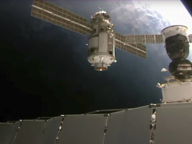 """Forschungsmodul """"Nauka"""" dockt an ISS an: Nasa verliert die Kontrolle"""