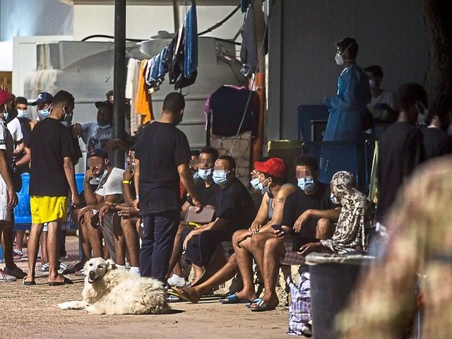 Fünf Ägypter wegen Schlepperei auf Lampedusa in Haft