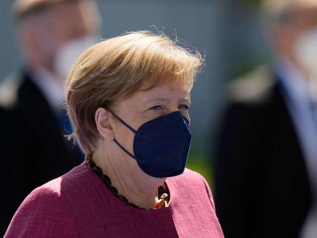 """Merkel nennt Corona-Lage """"sehr erfreulich"""" - und warnt: """"Pandemie ist noch nicht vorbei"""""""