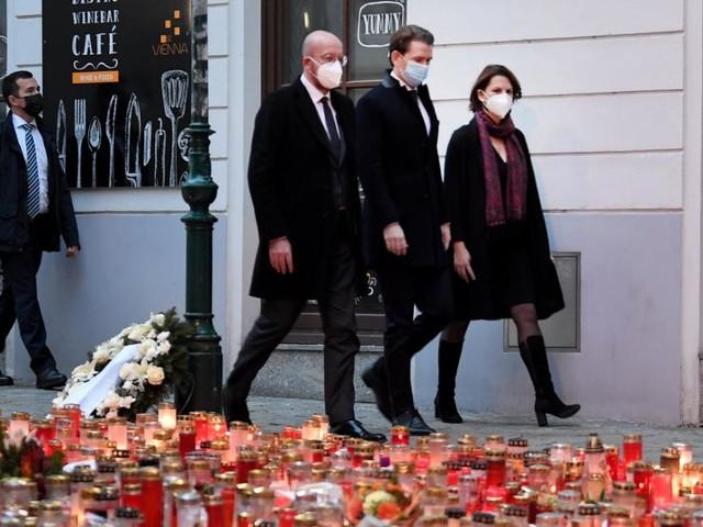 Pressekonferenz: Neuigkeiten zum Terroranschlag in Wien