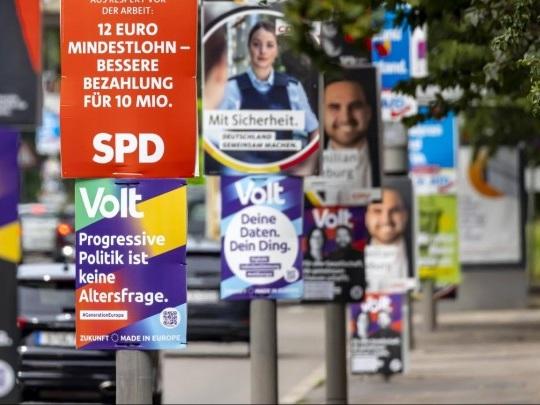 Bundestagswahl - Letzte TV-Runde mit Spitzenkandidaten aller Parteien