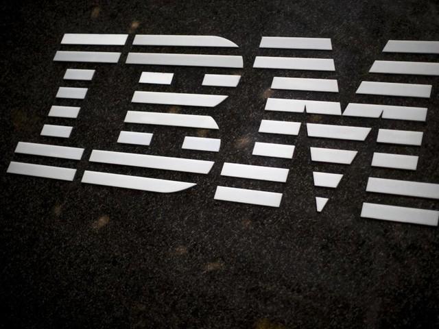 Computer-Urgestein: IBM mit Gewinneinbruch und Umsatzrückgang
