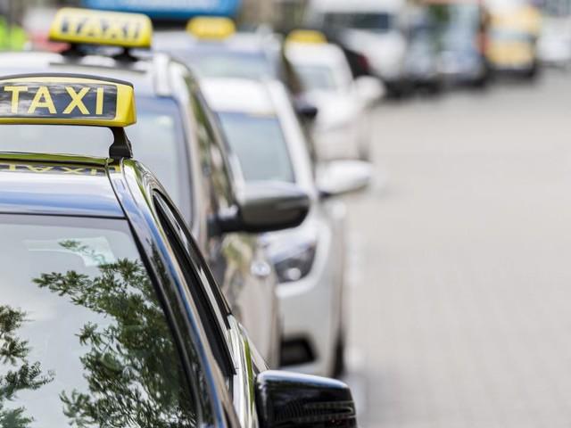 Auf Wiens Straßen herrscht Manieren-Mangel wegen Taxi-Mangel