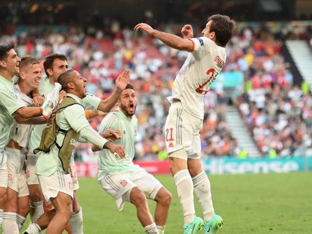 Nach Torfestival und Thriller: Spanien mit Mühe ins EM-Viertelfinale