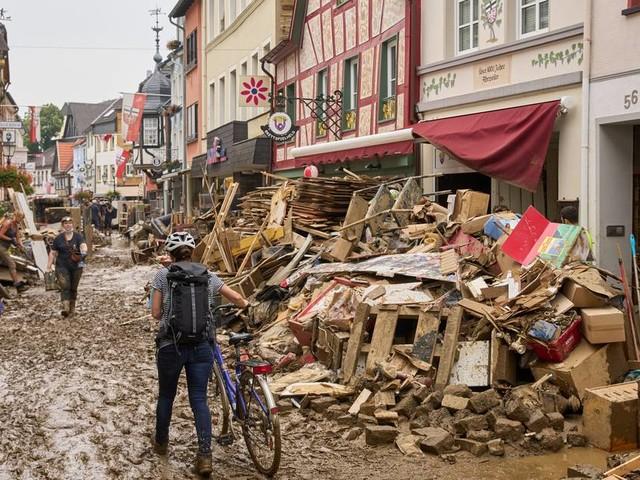 Nach der Flutkatastrophe: Wie betroffene Unternehmen jetzt Kurzarbeitergeld beantragen können