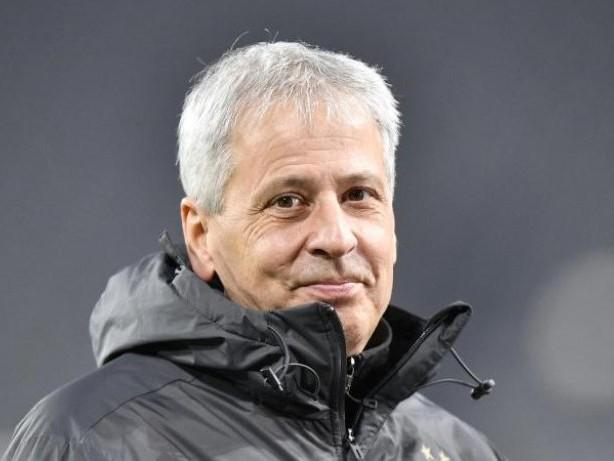 Transfermarkt: Bericht:Ex-BVB-Trainer Favre Topkandidat bei Crystal Palace