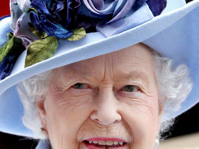 """Experte: Die Queen wird sich """"würdevoll zurückziehen"""", auch Umzug geplant - Charles übernimmt Aufgaben"""
