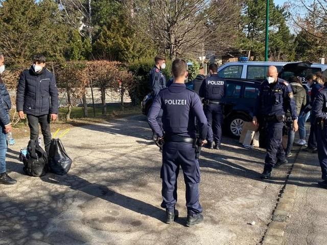 Wieder Schlepperjagd per Hubschrauber im Bezirk Mödling