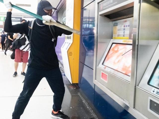 Sinnlose Gewalt in Hongkong: Freiheitskämpfer und Zerstörer