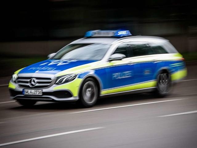 Unfall in Stuttgart-Degerloch: Auto erfasst Radfahrer – 46-Jähriger schwer verletzt