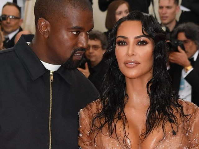 Kanye West entfolgt Kim Kardashian und ihre Schwestern auf Twitter