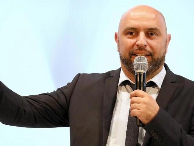 """Der Kabarettist im Interview - Serdar Somuncu hat Hoffnung: """"Deutschland ist gar nicht so humorlos, wie man denkt"""""""