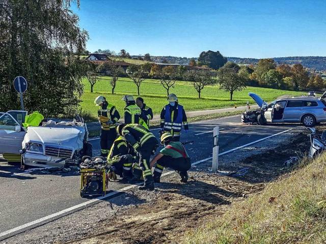 Unfall zwischen Weil der Stadt und Renningen: Frontalzusammenstoß: Vier Verletzte