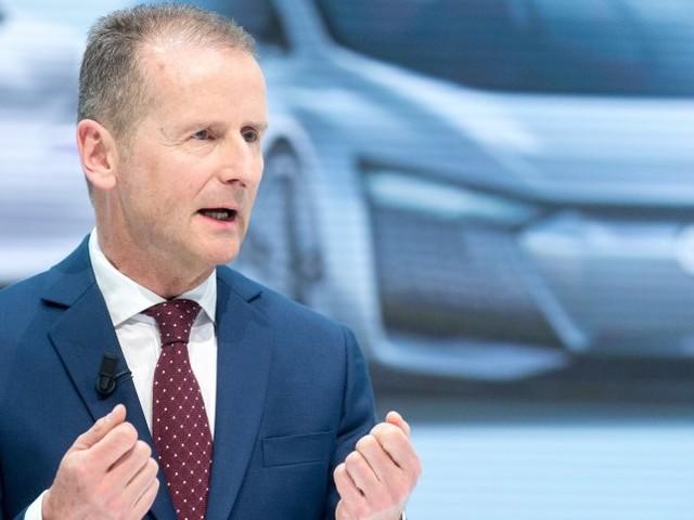 """Wutrede: VW-Chef Diess beklagt """"Feldzug"""" gegen das Auto"""