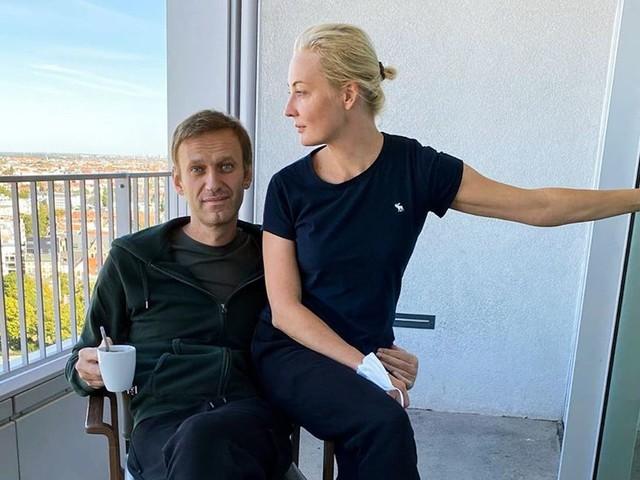 Alexej Nawalny: Kremlkritiker meldet sich nach Giftanschlag mit Blogpost zurück